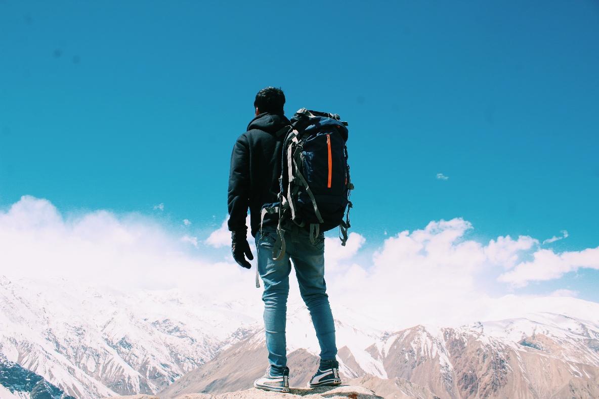 adventure-adventurer-altitude-2577274-1